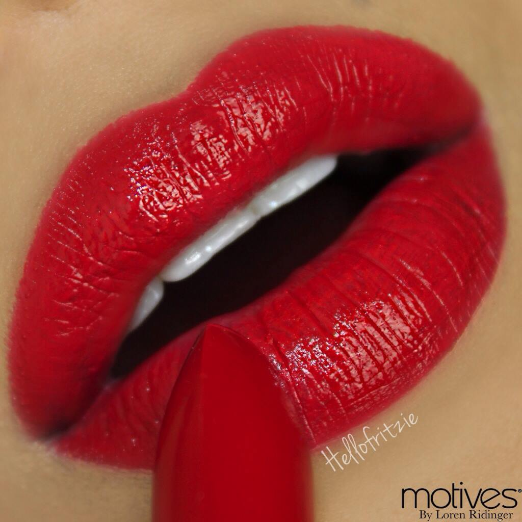 Motives lip crayon and lipstick